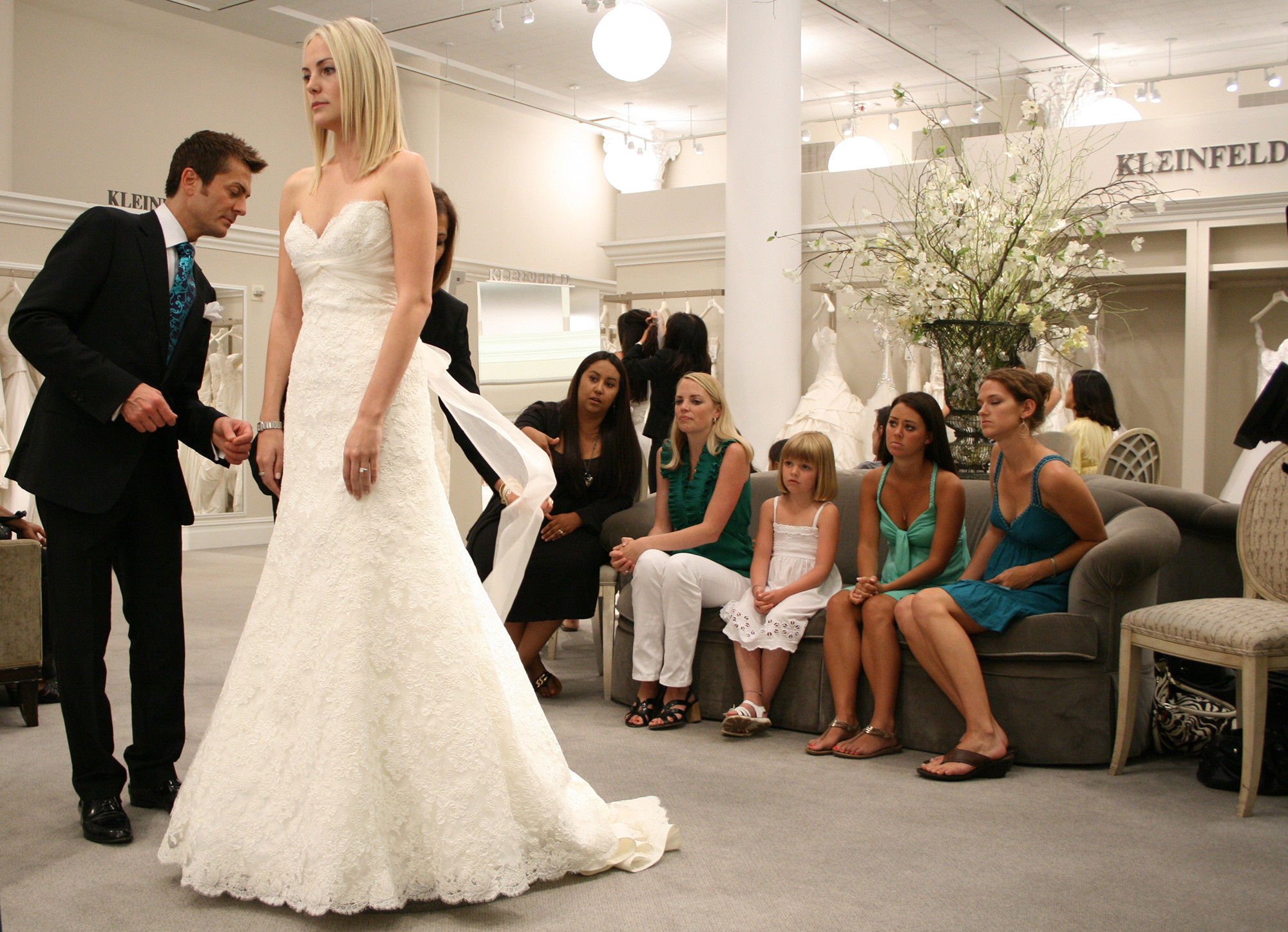 5fd6689d7af9 Abito da sposa cercasi  Say Yes to the dress! - Super Guida TV
