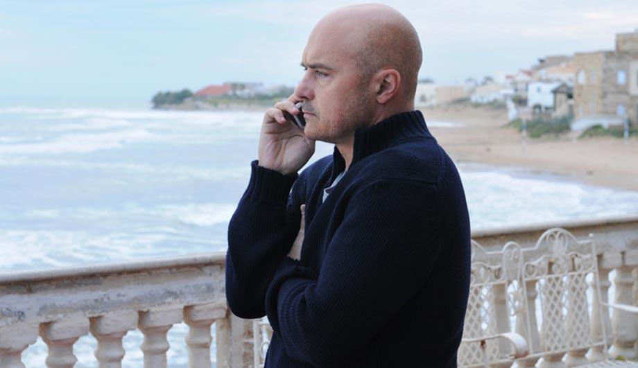 Il commissario Montalbano, Una voce di notte: la novità di Camilleri