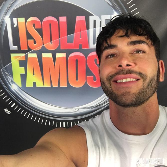 Giacomo Urtis isola dei famosi 2017