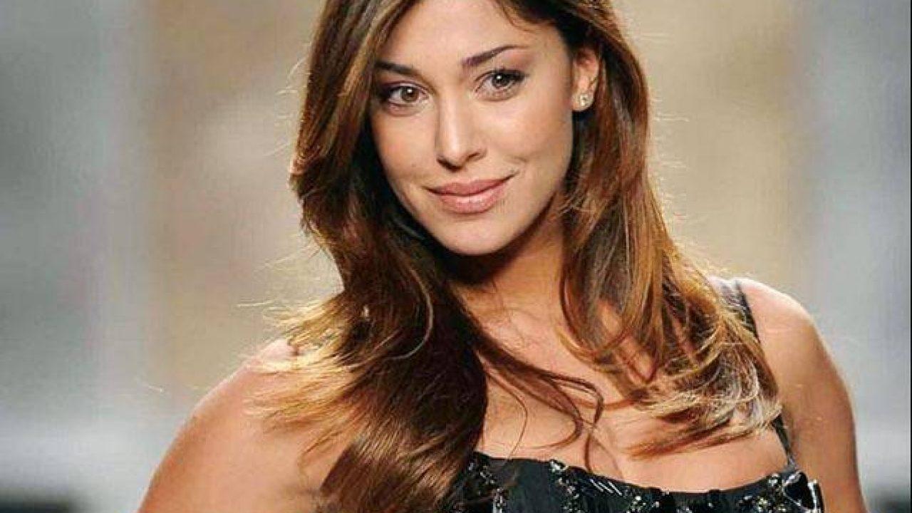 Belen Rodriguez arrabbiata con Virginia Raffaele per una frase offensiva  nei suoi confronti - Super Guida TV