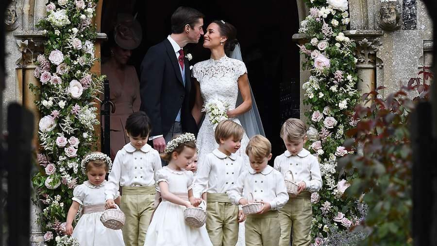 53d1f2b81b40 Pippa Middleton - Abito da sposa