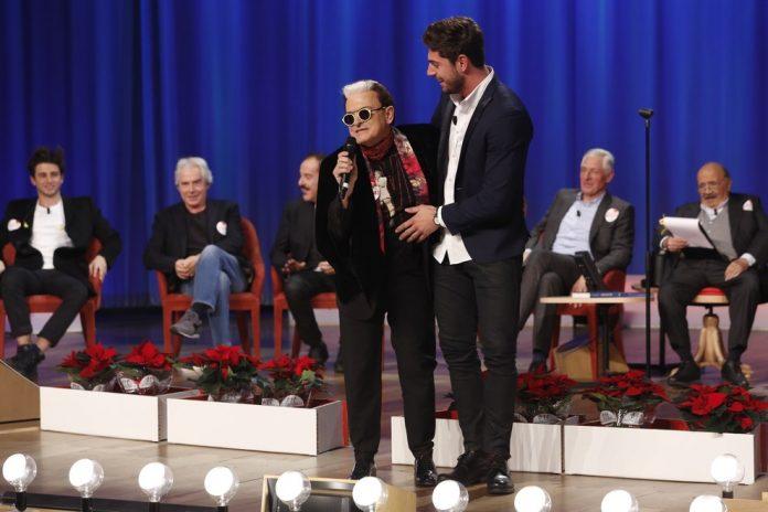 Maurizio Costanzo Show ospiti 7 dicembre