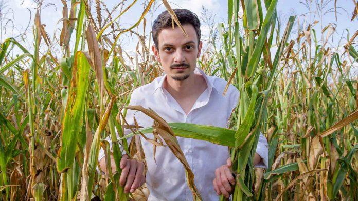 Fabio Rovazzi nel film 'Il Vegetale'