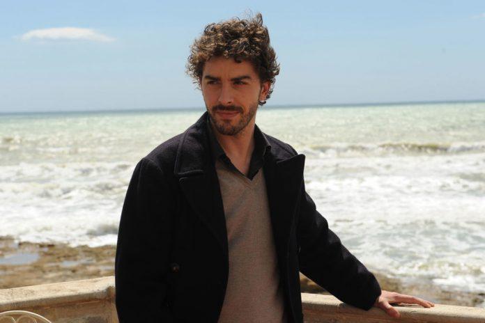 fiction televisiva ispirata ad un romanzo di successo di Andrea Camilleri. Si tratta di