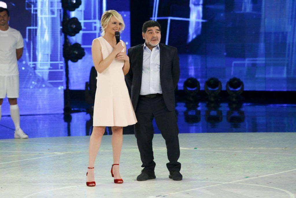Ascolti tv ieri, Amici 17 vs Ballando con le Stelle | Audite