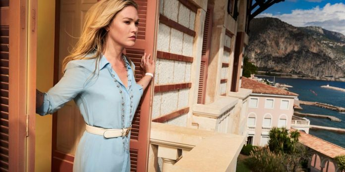 Julia Stiles in Riviera