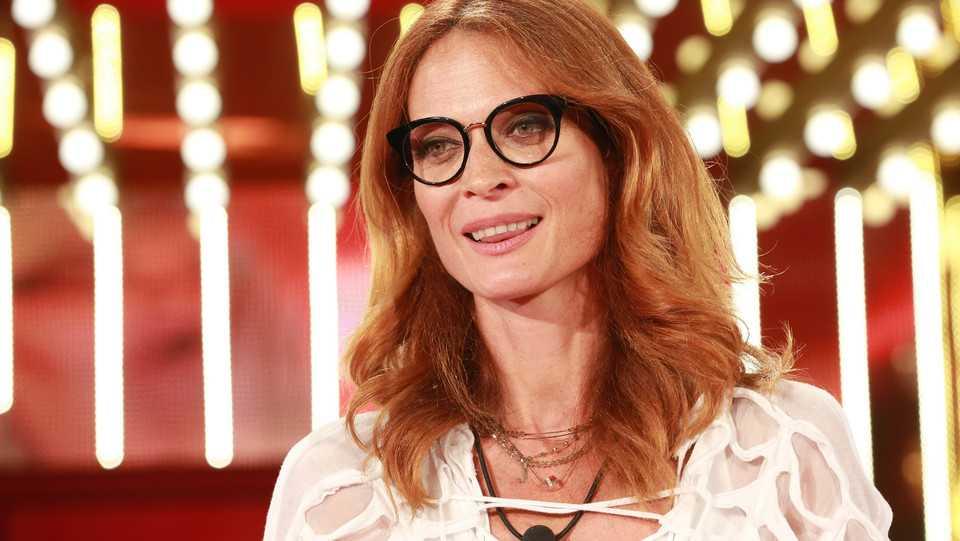 Grande Fratello Vip news, Jane Alexander piange per l'ex fid