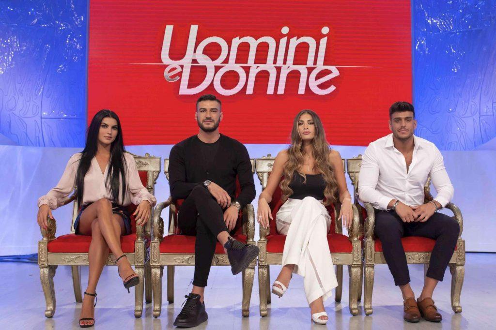 Ascolti tv pomeriggio, 19 ottobre 2018: Vieni da me vs Detto