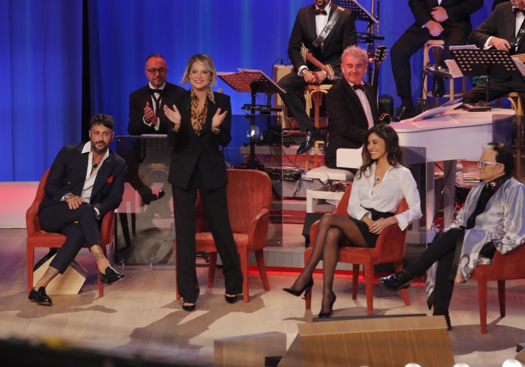 Maurizio Costanzo Show, Fabrizio Corona e Belen Rodriguez ba