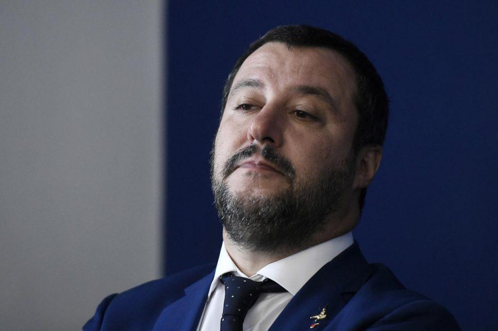 Matteo Salvini lancia una frecciatina a Fabio Fazio sullo stipendio?