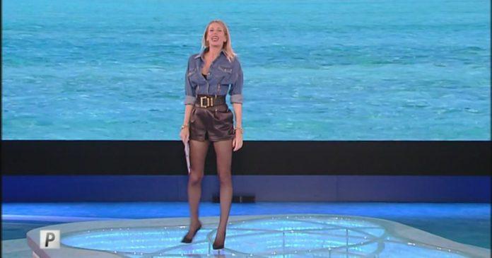 Alessia Marcuzzi - Isola dei famosi