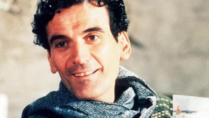 L'attore Massimo Troisi