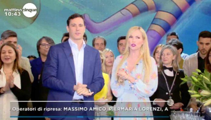 Francesco Vecchi e Federica Panicucci salutano il pubblico a Mattino 5