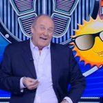 """Gerry Scotti parla del nuovo """"smile"""" nel logo di Caduta Libera 2019"""