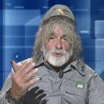 Mauro Corona ospite fisso a CartaBianca, il programma di Rai 3 condotto da Bianca Berlinguer