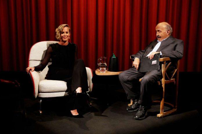 Stasera in tv Maurizio Costanzo e Federica Pellegrini