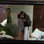 Tra Massimo e la single Elena c'è stato un bacio?