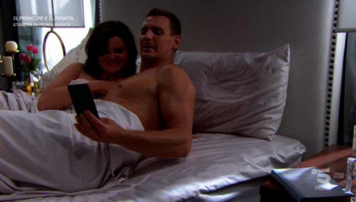 Katie e Thorne a letto insieme nella puntata di Beautiful di oggi, 18 luglio 2019