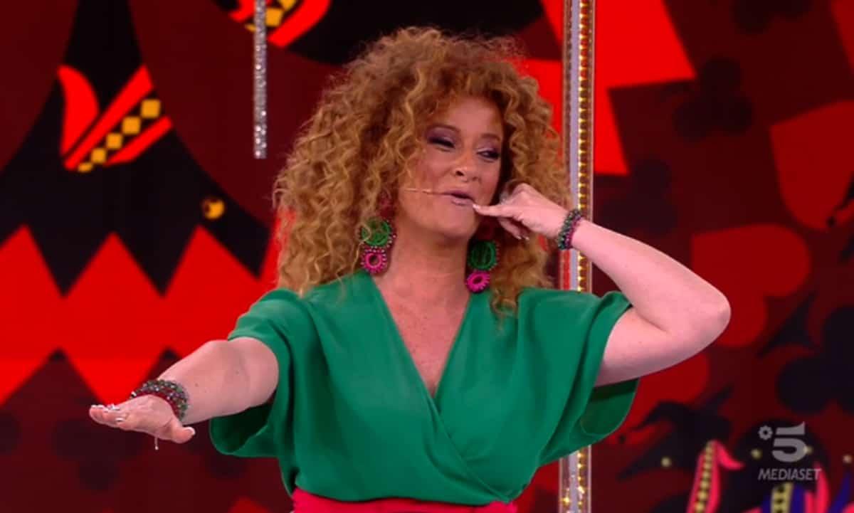 Valentina Persia a La sai l'ultima: barzelletta 5 luglio ...
