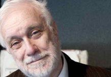 Luciano De Crescenzo l'intellettuale filosofo