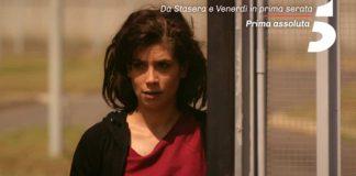 Giulia Michelini è l'attrice protagonista di Rosy Abate 2 - La serie