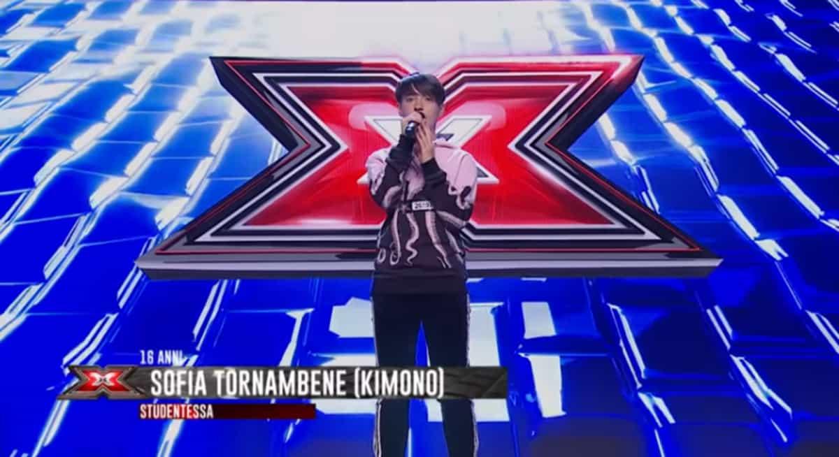 Sofia Kimono canta A domani per sempre nella prima puntata di X Factor 2019