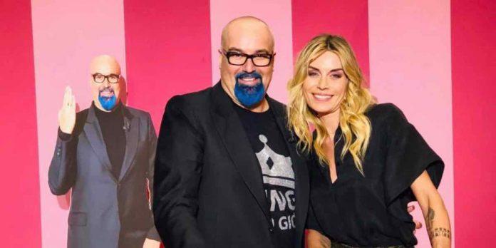 Vite da copertina su Tv8 con Giovanni Ciacci e Elenoire Casalegno