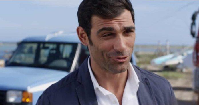 Francesco Arca è Valerio Ruggeri ne L'Isola di Pietro 3