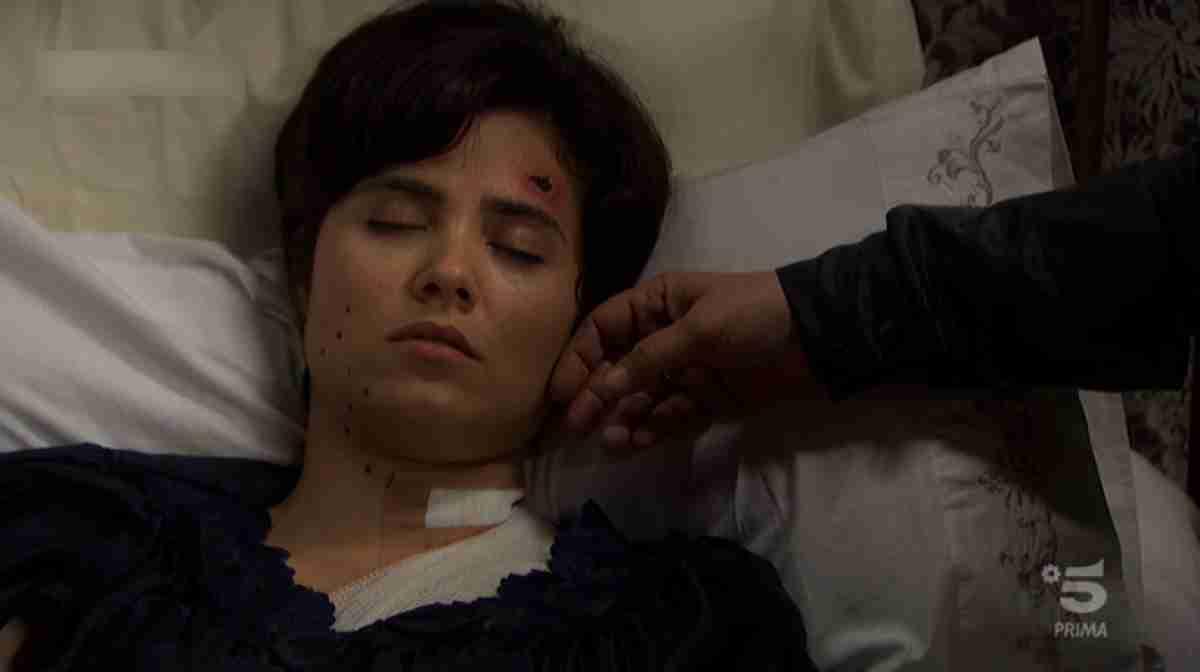 L'attrice Loreto Mauléon è Maria Castaneda ne Il Segreto