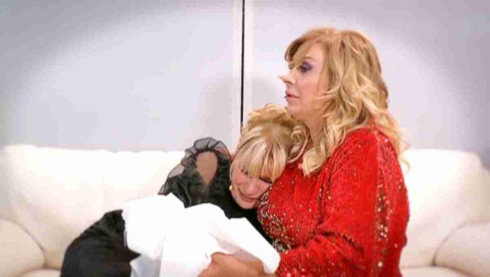 Gemma piange tra le braccia di Tina - Anticipazioni Trono Over di Uomini e donne