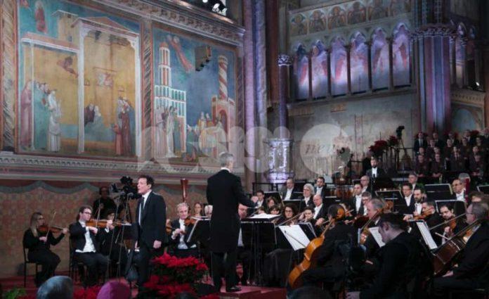 Massimo Ranieri al concerto di natale ad Assisi