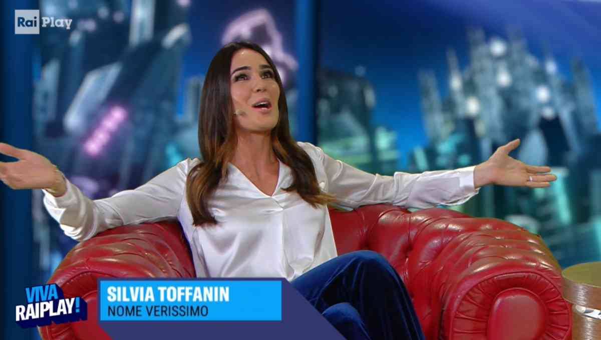 Silvia Toffanin intervistata da Fiorello a VivaRaiPlay