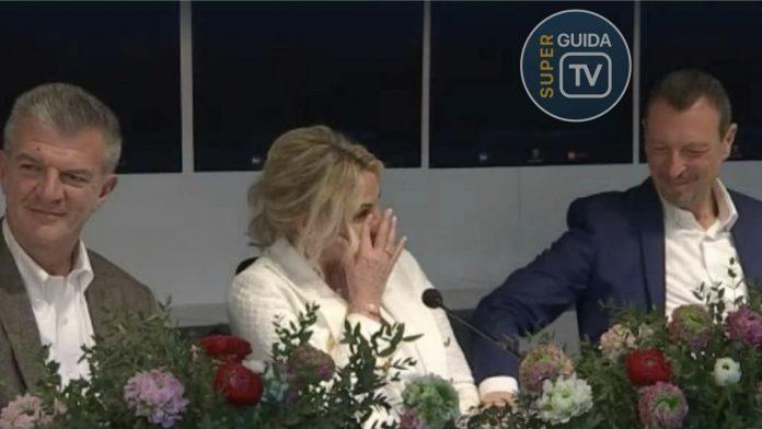 Antonella Clerici Commossa in lacrime a Sanremo 2020
