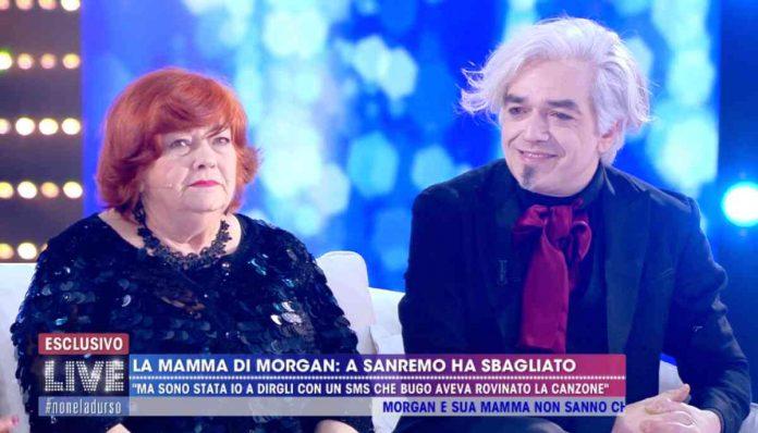 Morgan e la mamma Luciana a Live - Non è la D'Urso 2020