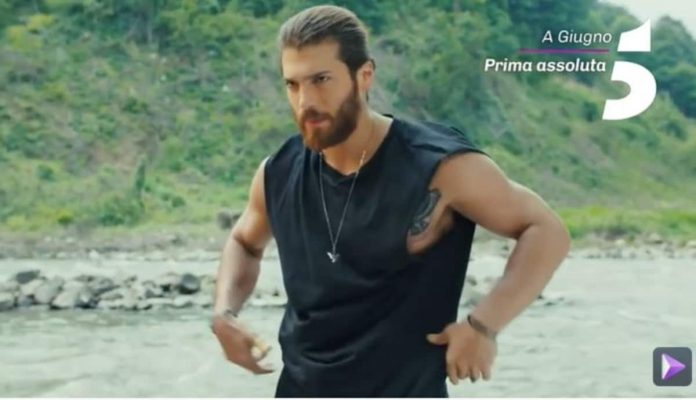 Can Yaman protagonista di Day Dreamer