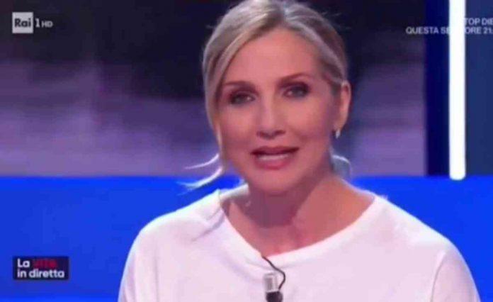 Lorella Cuccarini lascia La Vita in Diretta e si commuove