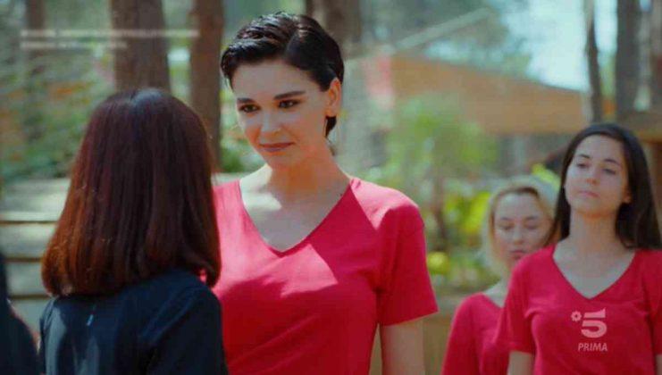 L'attrice Sevkan Yasar è Aylin Yukselen nella soap Daydreamer - Le ali del sogno