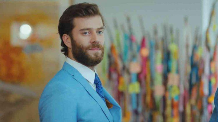 L'attore Baki Ciftci è il giovane imprenditore Levent