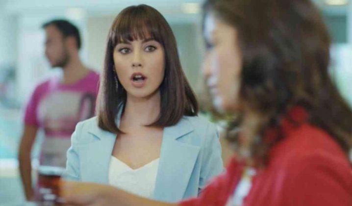 L'attrice Tugce Kumral è Deren Keskin, dell'agenzia di Can