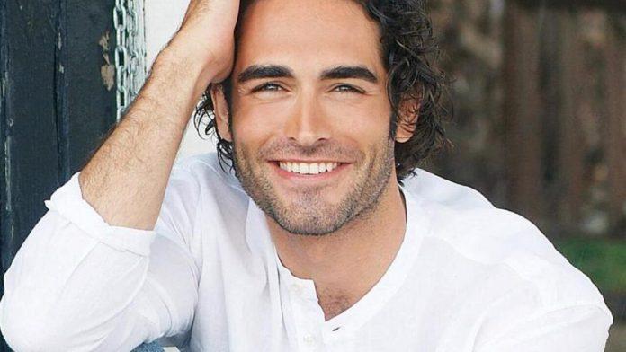 L'attore Sergio Muniz