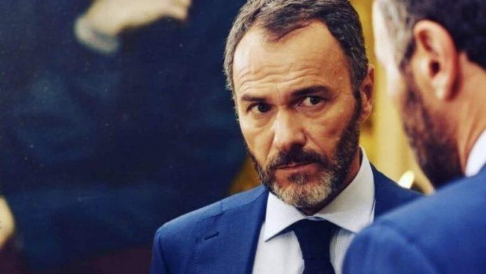 Massimiliano Gallo, Vincenzo Malinconico, avvocato