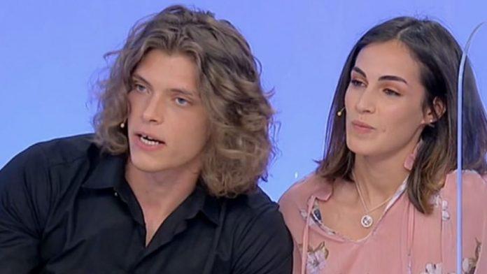 Uomini e donne, Massimiliano Mollicone e Vanessa Spoto fanno una scelta dopo le prime difficoltà